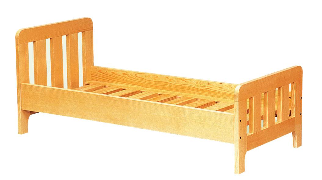 Деревянная кровать детская